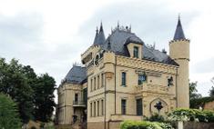 Полицейские оцепили замок Пугачевой и Галкина