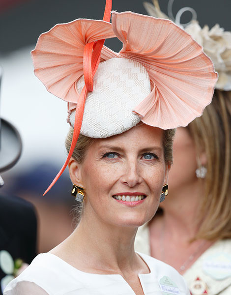 Королевские скачки в Аскоте: парад шляп   галерея [1] фото [6]