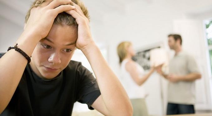 Причина развода – измена. Стоит ли рассказывать детям?