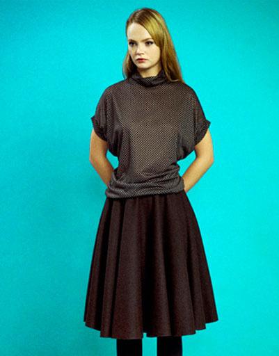 Тонкий джемпер в горох и объемная коричневая юбка, Султана Французова, осень-зима 2011 - 2012