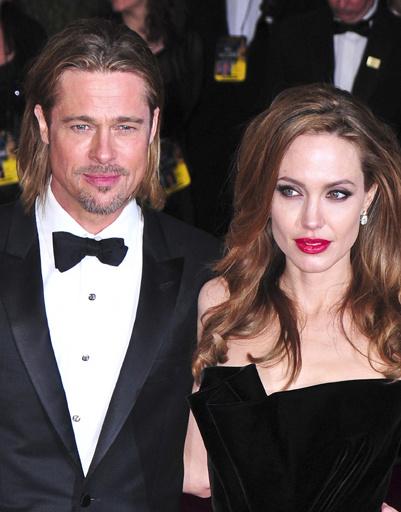 """Анджелина Джоли (Angelina Jolie) и Брэд Питт (Brad Pitt) на """"Оскаре""""-2012"""