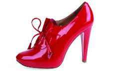 Топ-5: лучшие распродажи в обувных магазинах Петербурга