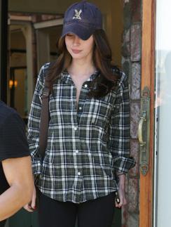 Меган Фокс (Megan Fox) ценит в одежде простоту и комфорт