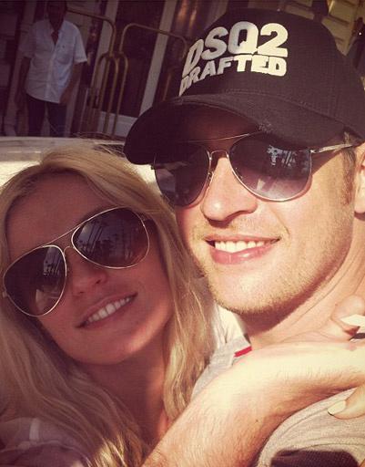 Саша Савельева с мужем Кириллом Сафроновым