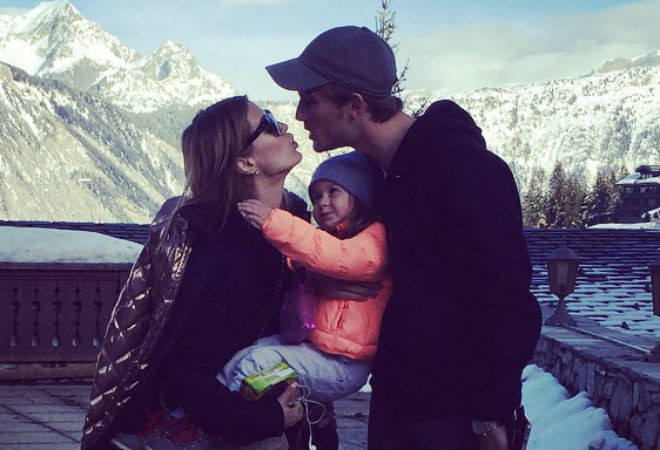 Виктория Боня с семьей: фото