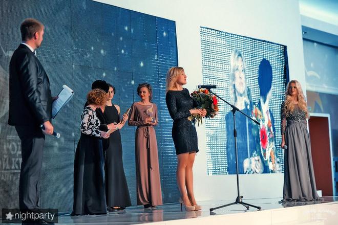 """В Оренбурге раздали статуэтки """"Людям года"""""""