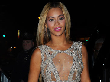 Бейонсе (Beyonce) стала дизайнером обуви