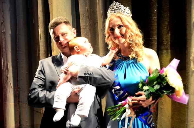 Красивые женщины, фото женщины с детьми, конкурс красоты