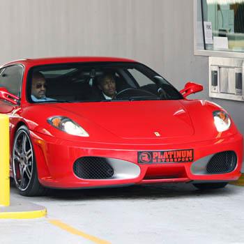 Ник Кэннон и его новый Ferrari