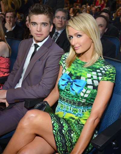 Пэрис Хилтон (Paris Hilton) и Ривер Вийпери (River Viiperi)