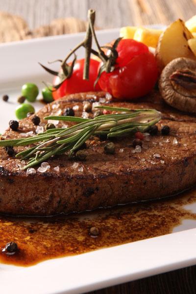 Филе говядины с трюфельным соусом