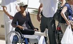 Холли Берри сломала ногу. Фото