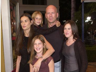 Брюс Уиллис и Деми Мур были когда-то счастливой семьей