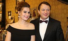 Башаров с женой впервые вышел в свет после рождения сына