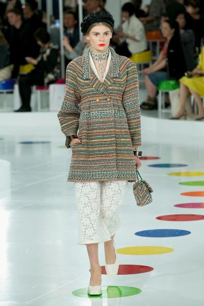 Показ круизной коллекции Chanel в Сеуле | галерея [1] фото [8]