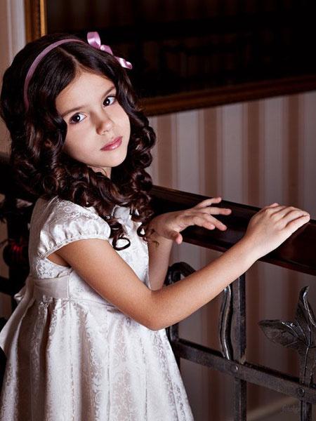 Фото галирея девочки в калготках фото 12-104
