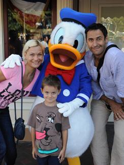 Станислав Костюшкин с женой Юлей и сыном Богданом повеселились в Лас-Вегасе