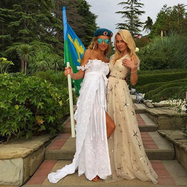 Татьяна Навка и Яна Рудковская фото