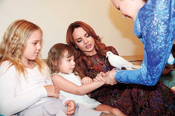 Певица Максим отметила день рождения дочки