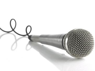 Песенный конкурс. Микрофон