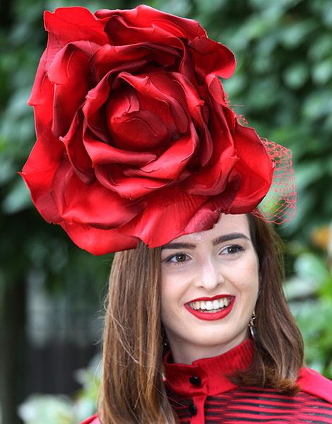 Королевские скачки в Аскоте: парад шляп   галерея [1] фото [9]