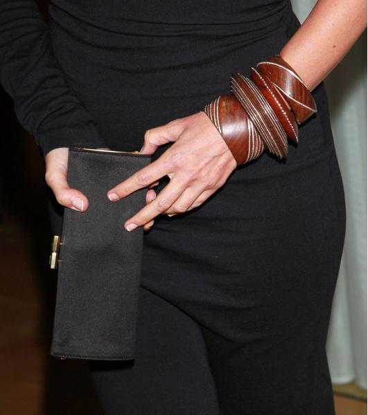 В СВОИХ РУКАХ: Как правильно носить браслеты   галерея [3] фото [1]