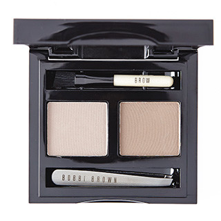 7 Bobbi Brown Тени Brow Kit;