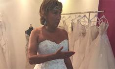 Лариса Копенкина собралась замуж и уже выбрала платье