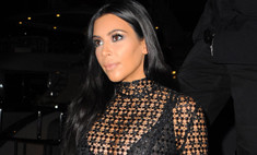 Беременная Ким Кардашьян носит «бабушкины» трусы