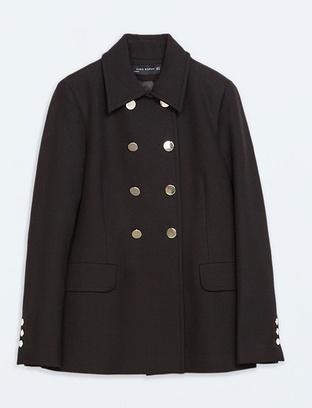 Короткое двубортное пальто