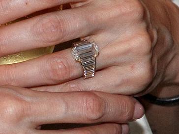 Обручальное кольцо Анджелины Джоли (Angelina Jolie)
