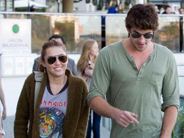Майли Сайрус (Miley Cyrus) может стать тетей уже в следующем году