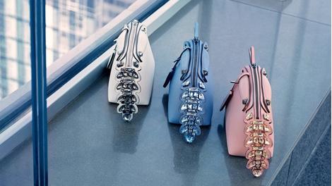 Карл Лагерфельд снял новую рекламную кампанию Fendi | галерея [1] фото [3]