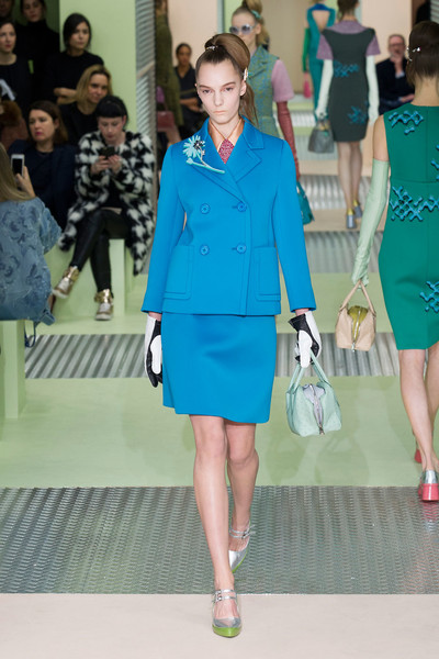 Показ Prada на Неделе моды в Милане | галерея [1] фото [25]