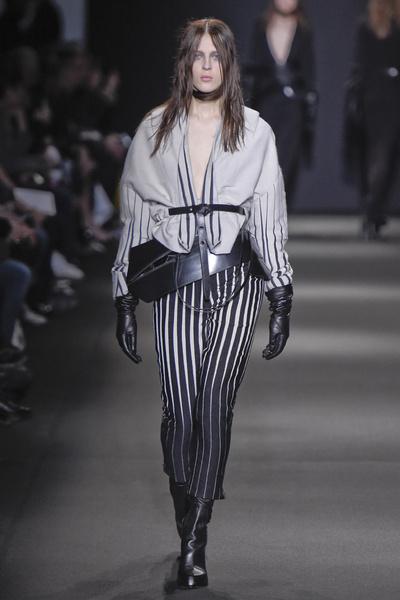 Неделя моды в Париже: 5 марта | галерея [3] фото [3]