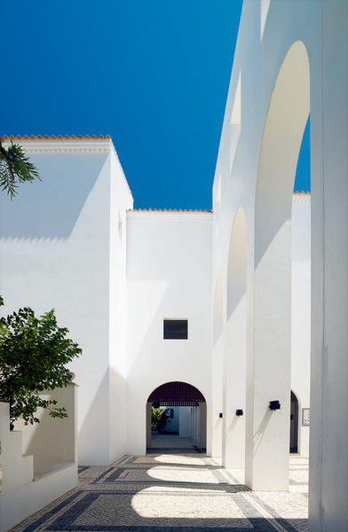 Sheraton Algarve Praia da Falesia, Albufeira 8200-909 · Portugal