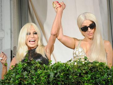 Леди ГаГа (Lady GaGa) и Донателла Версаче (Donatella Versace)