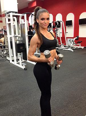 фото секси девушек в фитнес клубе