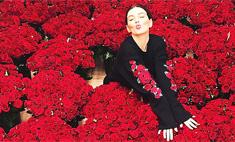 Седокова раскрыла мужчину, подарившего ей 10 тысяч роз