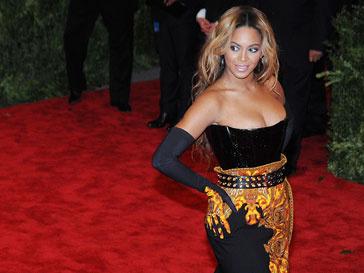 Бейонсе (Beyonce) использовала в своей коллекции творения других дизайнеров