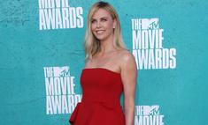 MTV Movie Awards 2012: лучшие платья звезд