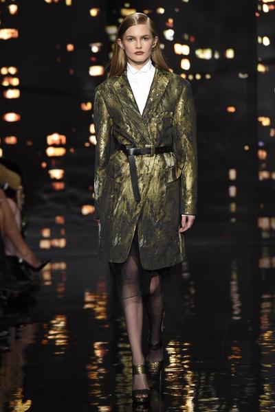Лучшие показы Недели моды в Нью-Йорке: 16 февраля | галерея [1] фото [3]