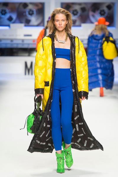 Показ Moschino на Неделе моды в Милане | галерея [2] фото [10]