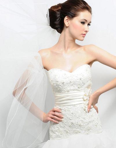 Свадебное платье Eden, коллекция весна-лето 2012