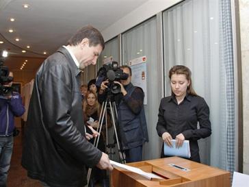 Выборы в парламент прошли в шести регионах