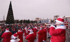 Главные елки зажглись в Ярославле и Рыбинске