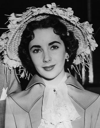 Элизабет Тейлор на скачках в Аскоте, 1950 год