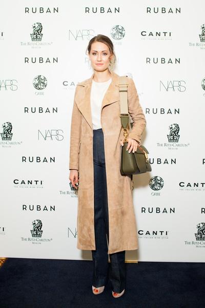 Показ осенне-зимней коллекции Ruban на Mercedes-Benz Fashion Week RussiaПоказ осенне-зимней коллекции Ruban на Mercedes-Benz Fashion Week Russia   галерея [1] фото [5]