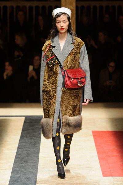 Самые красивые образы Недели моды в Милане | галерея [1] фото [12]