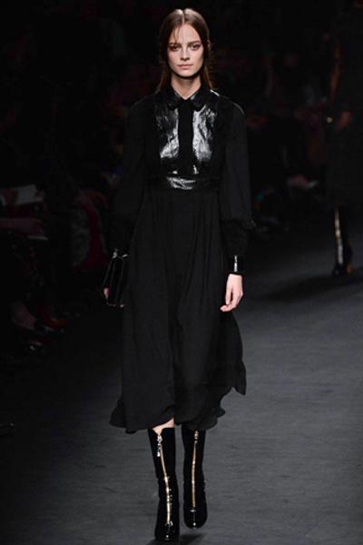 Неделя моды в Париже: показ Valentino ready-to-wear осень — зима 2015-2016 | галерея [1] фото [43]